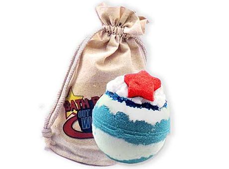 Moon's Harvest Bath & Body Shop gifted their Blue Moon Bath Bomb.