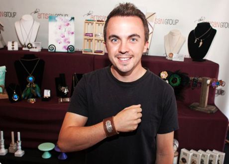 Frankie Muniz of Sharknado 3: Oh Hell No!; Malcolm in The Middle with HorseFeathers Gifts.