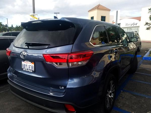2018 Toyota Highlander LE Car Review