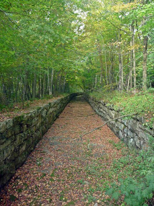 Sparta Elroy bike trail tunnel FLUME