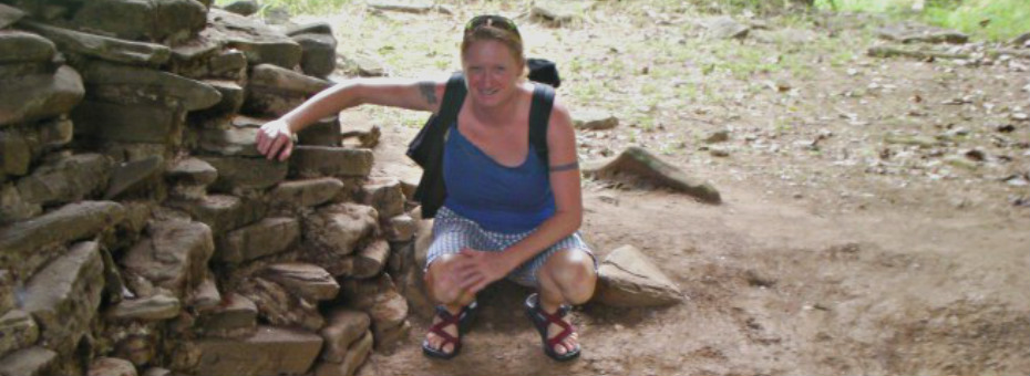 Compact and Bijoux ruins slider