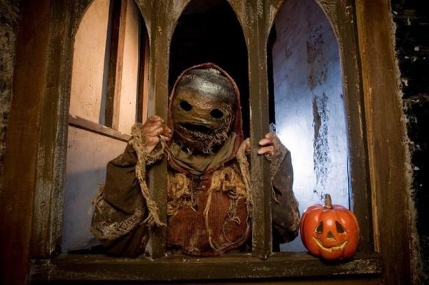 Una versione moderna di Jack-o'-lantern rappresentata al Festival Celtico di Samhain di Edinburgh