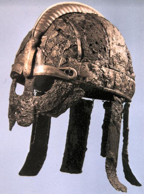 Elmo di Valsgarde (Svezia VII secolo)