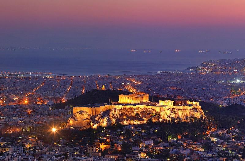 Vista notturna dell'Acropoli