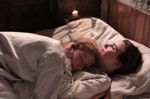 Cristina e la figlia in un momento di tenerezza