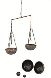Bilancia in lega di rame vichingo XI-XIII. Fotografia: Klaus Göken / Museum für Vor-und Frühgeschichte / Musei Statali di Berlino