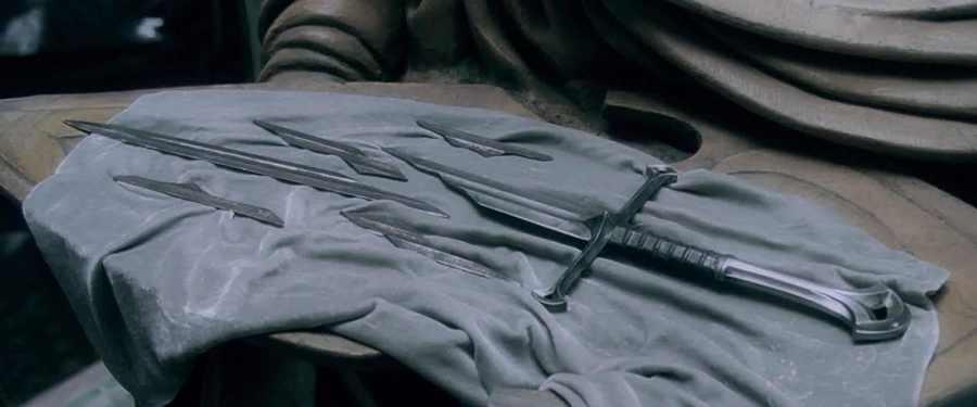 Le schegge della spada Narsil