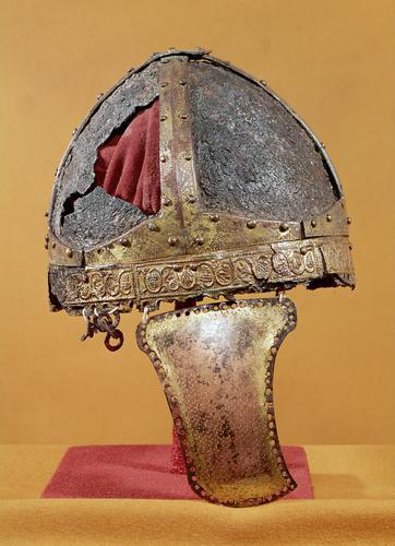 Spangenhelm dal Nord Italia (Ravenna?) circa 500. (Foto: Kunsthistorisches Museum Vienna