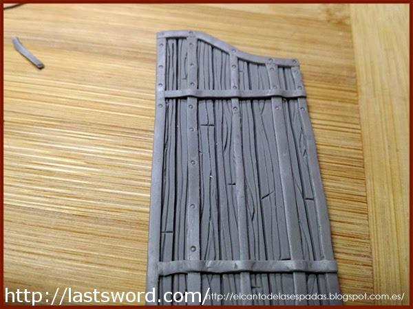 Puerta-Metal-Gate-Clay-Masilla