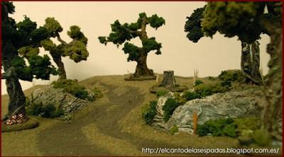 tablero-modular-colina-escarpada-bosque