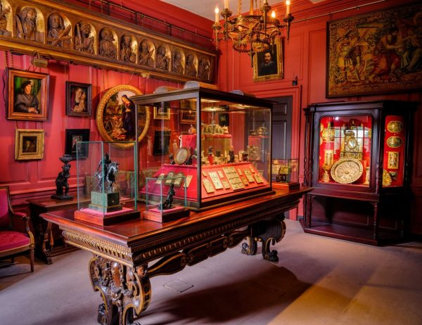 ggFdnKVA 600x462 - Rangers House – the art collection you've probably never seen