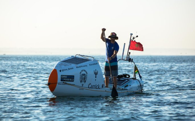 Chris Bertish traverse l'Océan Atlantique en stand up paddle