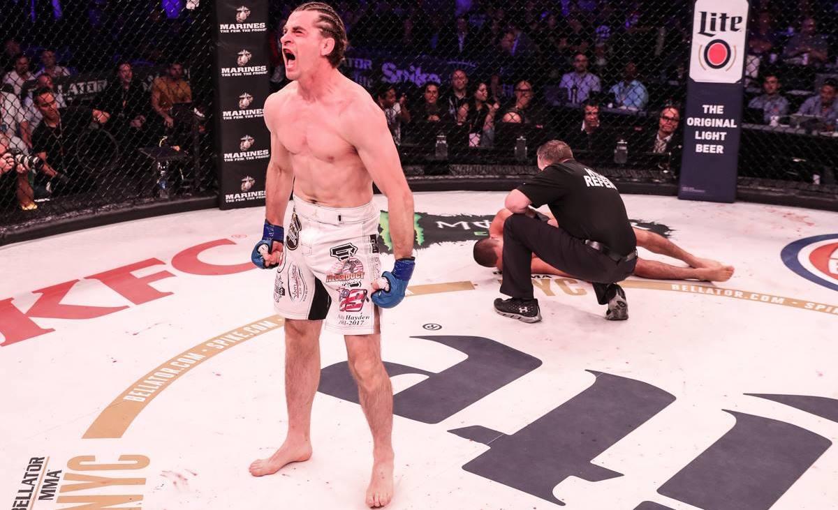 Zach Freeman, combattant à mi-temps, a vaincu Aaron Pico en 24s