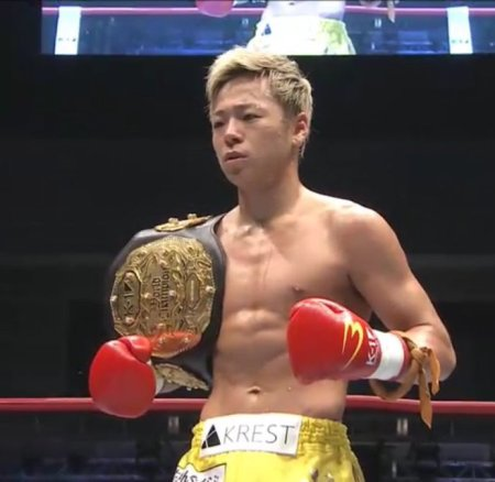 Takeru en mode taulier au K-1 World Grand Prix