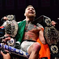 L'UFC présente sa nouvelle ceinture, McGregor annonce son retour !