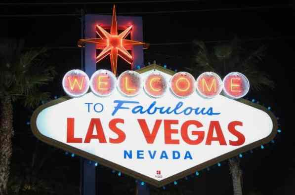 las-vegas-sign-st5