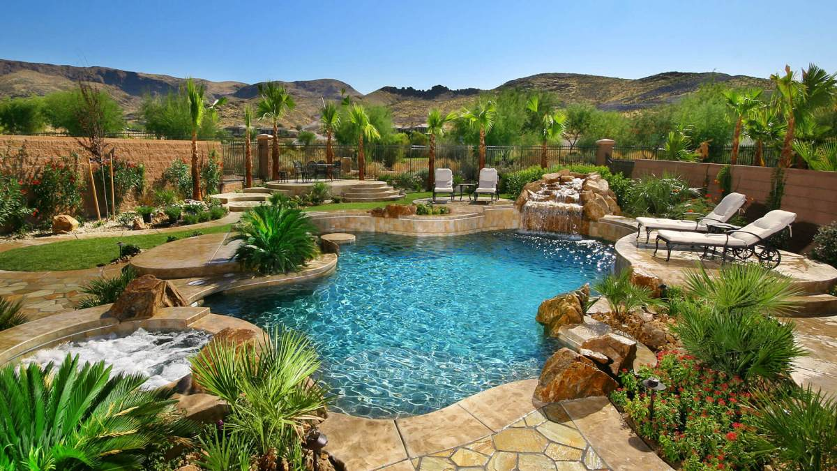 Clarity Pool Service Pool Bead Blasting - De-calcify and Remove Hard Water Deposits with our Pool Bead Blasting Service