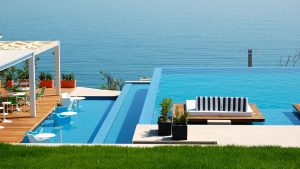 Custom Infinity Edge Swimming Pool Design