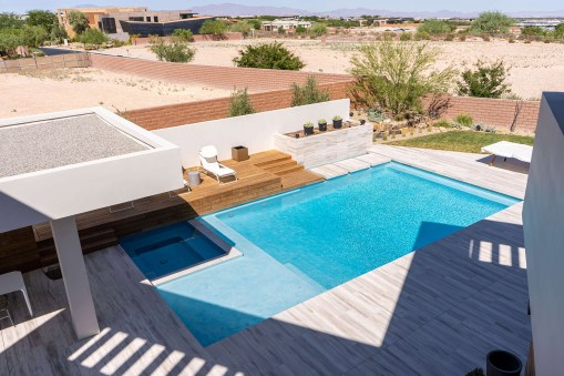 Custom Swimming Pool Design and Construction Services of Souther