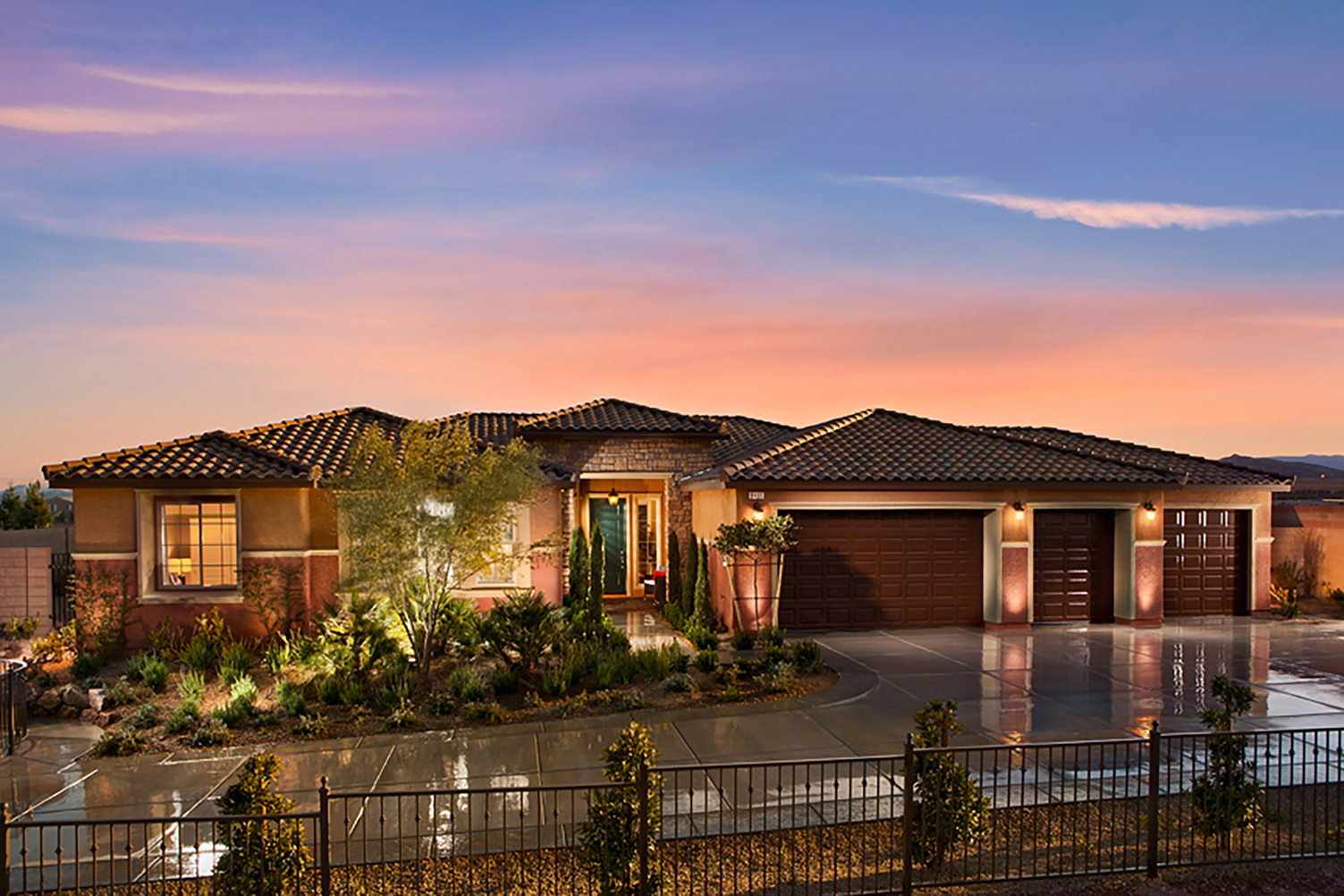 4Bed 3Bath 4Car Garage ONE STORY 3,597Sq Ft Home For