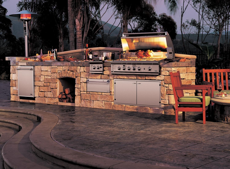DCS Barbecue Grills  Las Vegas Outdoor Kitchen