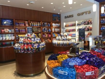 Ghirardelli Chocolate Factory LINQ Las Vegas (18)