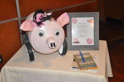 Car Show Pig