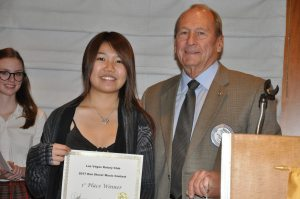 Brock Fraser presents First Place Award
