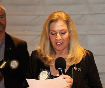 PE Jackie Thornhill gave our invocation.