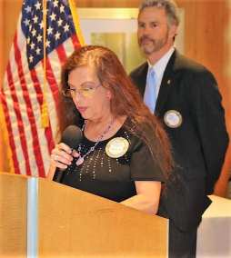 PP Karen Whisenhunt gave the invocation.