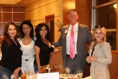 PP Russ Swain introduced his friend and her friends from Phoenix…..Greedy.. one girlfriend is not enough.
