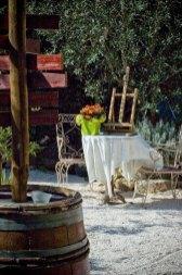 La table à Rallonge est une auberge festive privatisable , mettant à la disposition des privés ou des professionnels, des espaces de fêtes, des hébergements ainsi que la logistique, la restauration et l'animation. Locations de Salle en Camargue et accueil de groupes sont nos spécialités