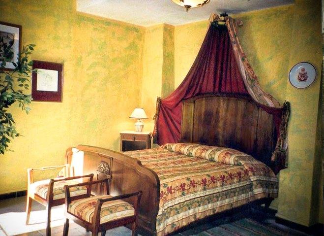 location-en-camargue-belair-chambre-haute