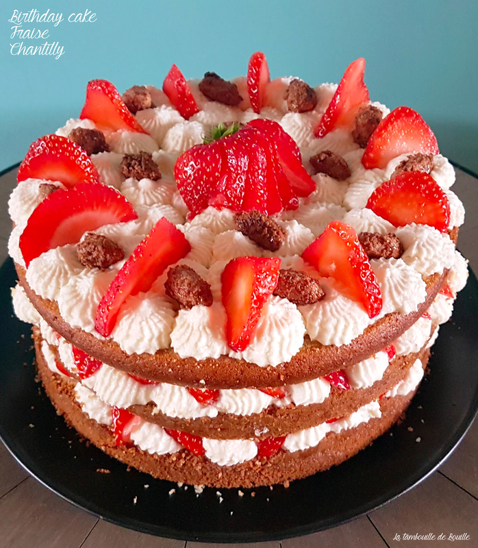 recette-birthday-cake-facile-fraise-chantilly