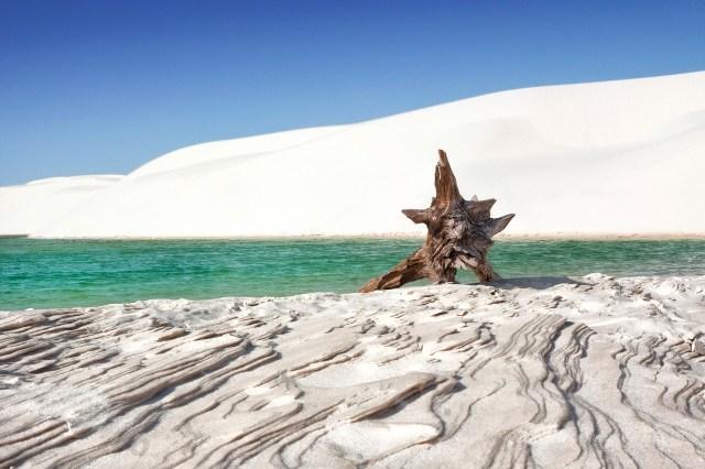 Lencois Maranhenses lago e dune