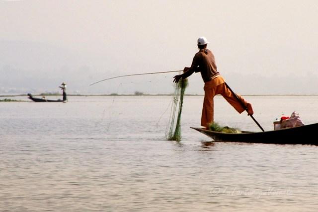 Viaggio in Myanmar , Lago Inle pescatore e rete