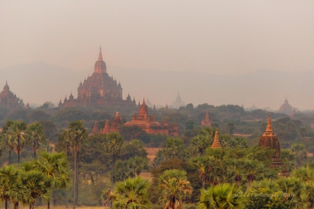 Viaggio in Myanmar templi di Bagan al mattino