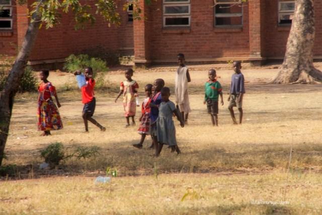 Malawi, scuola con bambini