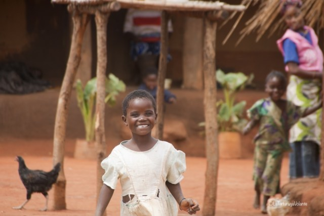 Malawi, sorriso di una bambina