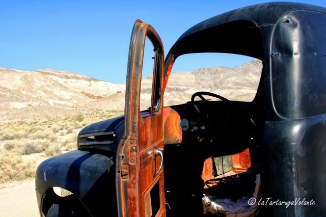 California, Death Valley auto particolare