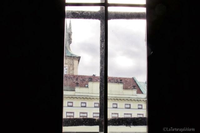 Praga, dalla finestra della torre di ponte Carlo