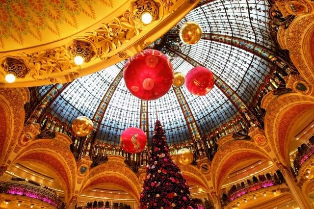 Natale nel mondo , parigi