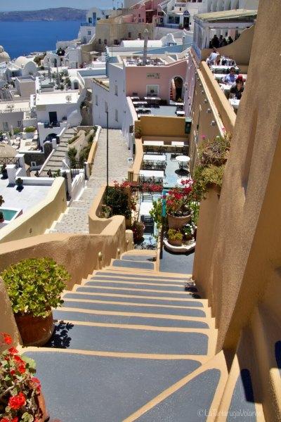 come organizzare un viaggio a Santorini, gerani