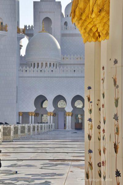 della corte della moschea