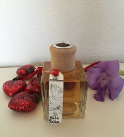 Rich and exotic oriental bouquet in a diffuser