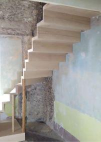 Escalier bois sans limon