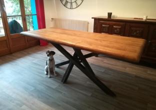 table_design_industriel_salle_a_manger