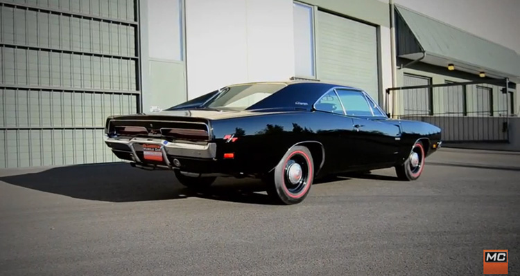 69hemi_charger_feature