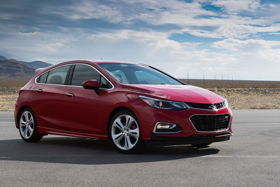 Red-Cruze-Perf-01