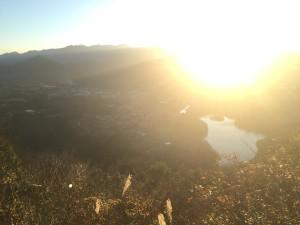 城山湖。すごく静か。